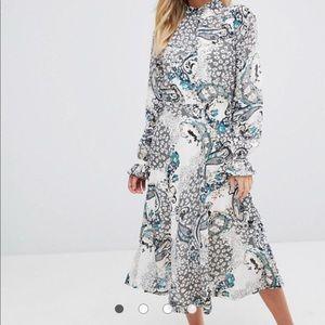 Boohoo midi dress, New
